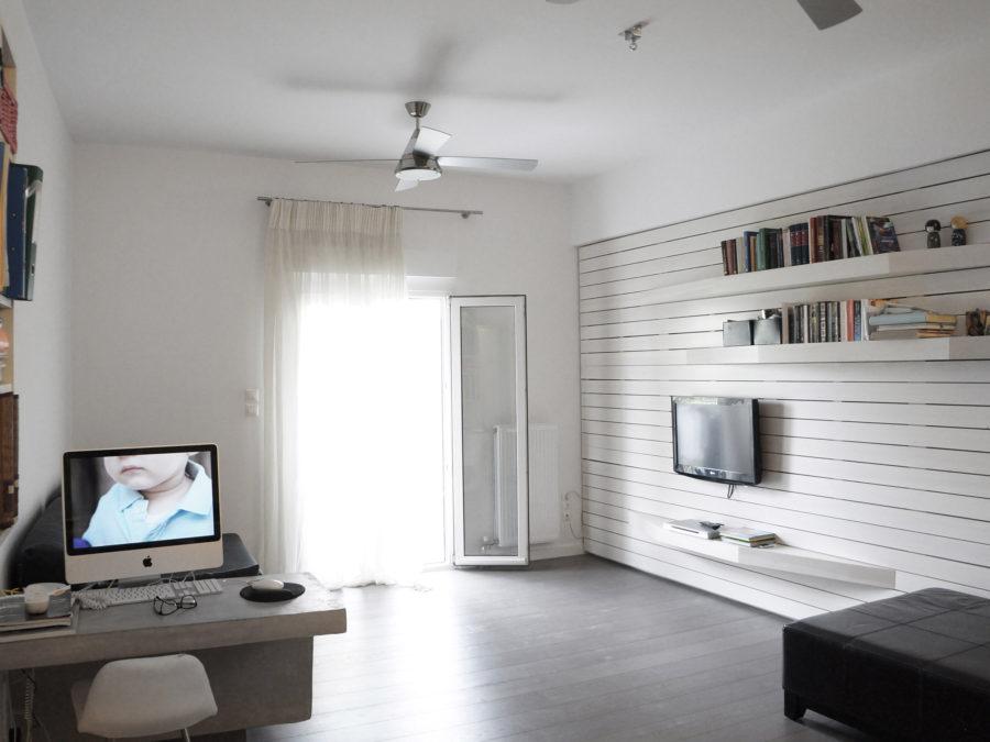 ανακαίνιση κουζίνας & μπάνιου, Ανακαίνιση διαμερίσματος Αμπελόκηποι, ξύλινο δάπεδο, σύνθετο τηλεόρασης